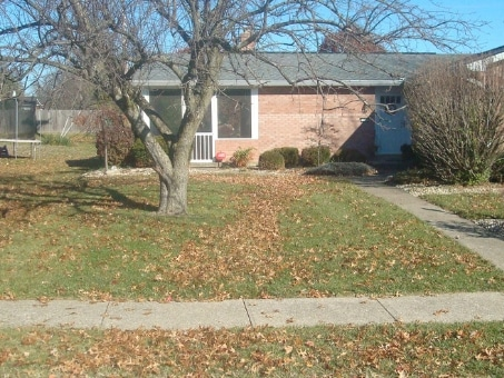 Hallmark's Mowing   Pruning   Mulching   Leaf Cleanup   Call